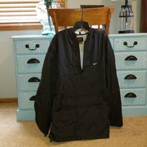 Mens Nike Quarter Zip Rain Coat.  Black. XL
